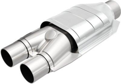 Magnaflow M66441007 50-State Semi-Universal Catalytic Converter - Traditional Converter, 50-State Legal, Semi-Universal (Welding Required)