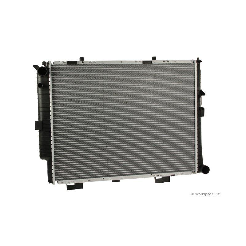 For Mercedes Benz E300 62612A 1998-1999 Engine Cooling Radiator Nissens