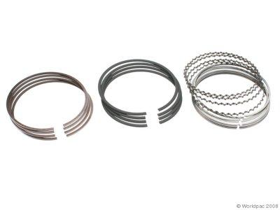 NPR W0133-1744296 Piston Ring Set