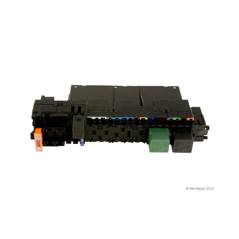 mercedes a 0025452101 fuse box w215 w220 click through to see all vehicle applications oe aftermarket front passenger side fuse box more info