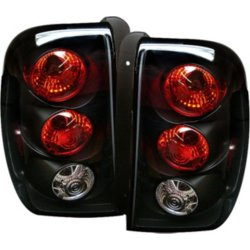 Chevrolet Trailblazer Driver And Penger Side Tail Light Without Bulb S
